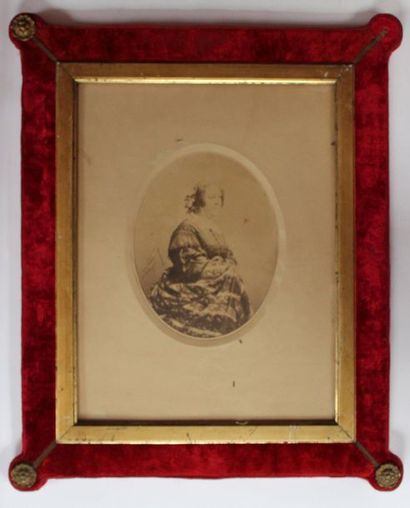 NADAR Félix (1820-1910). Portrait de femme...