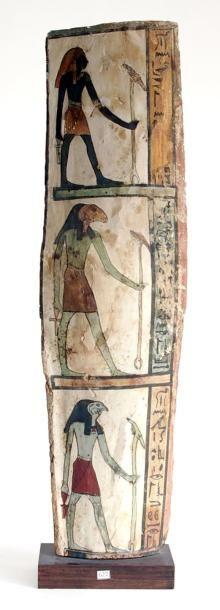 Fragment de sarcophage peint de trois vignettes...