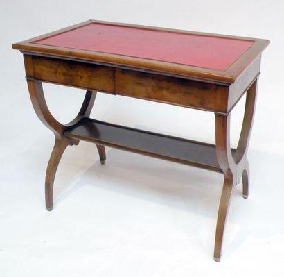 TABLE de MILIEU en bois naturel, le plateau...