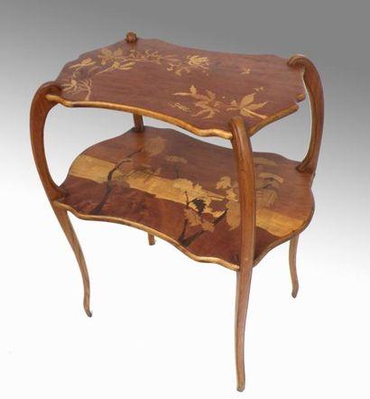 Emile GALLE. TABLE à THE en bois naturel,...