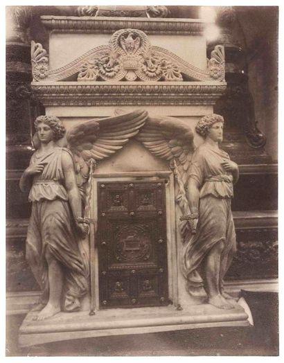 Eugène ATGET (1857-1927). Tabernacle du maître-autel...