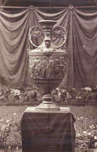 Robert Jefferson BINGHAM (1800-1870). Vase...