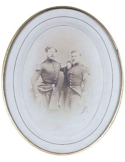 NADAR [Gaspard-Félix Tournachon, dit] (1820-1910)....