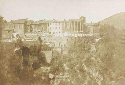 [ITALIE]. Temple de la Sibylle et cascade...