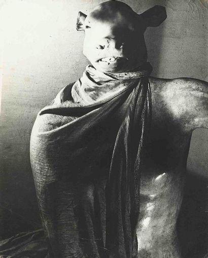 Erwin BLUMENFELD (1897-1969). Dictator. Paris....