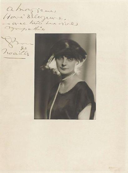 Photographe non identifié. Comtesse Anna...