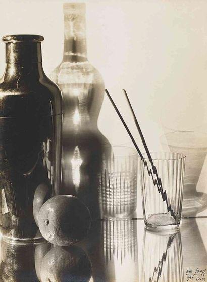 Emmanuel SOUGEZ (1889-1972). Still life (glassware...