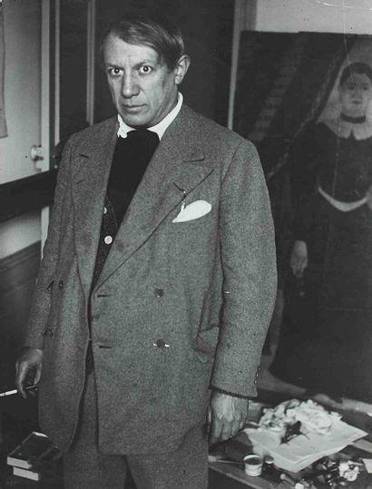 BRASSAÏ [Gyula Halász, dit] (1899-1984). Picasso, portrait. Atelier 23 rue de La...
