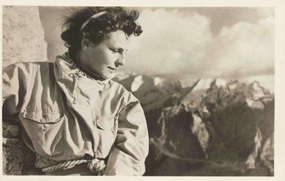 Leni RIEFENSTAHL (1902-2003). Tiefland. Portraits de Leni Riefenstahl et vues du...