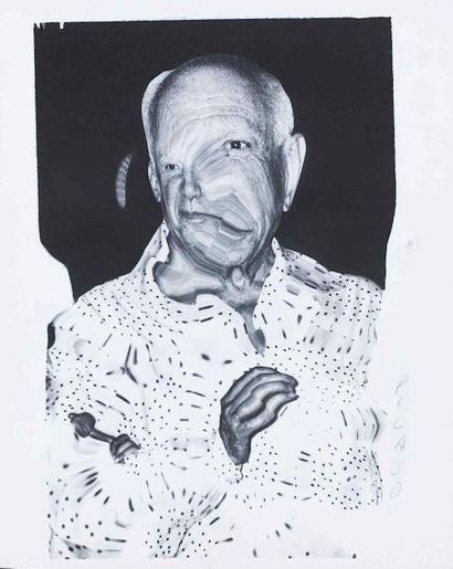 WEEGEE [Usher Fellig, dit] (1899-1968). Picasso, distorsion. Vers 1950. Épreuve...