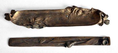 Albert MARIONNET (1852-1910) PLUMIER en bronze...