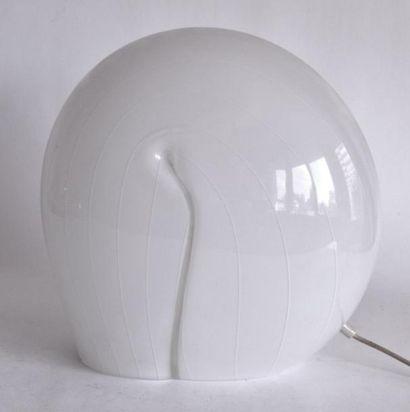 LAMPE de TABLE escargot en verre filé blanc....