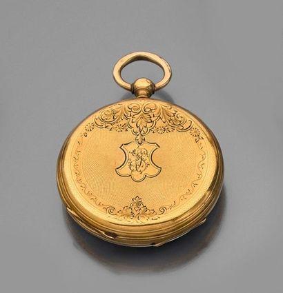 MONTRE de GOUSSET en or jaune guilloché,...