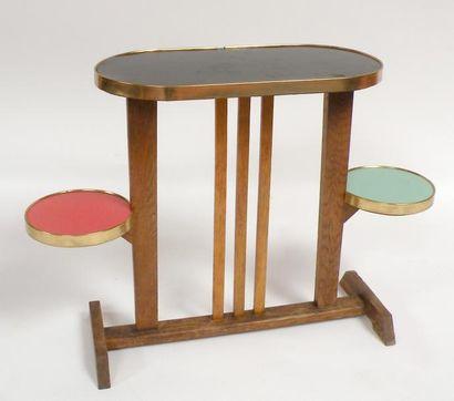 TABLE d'appoint en bois naturel à trois plateaux...