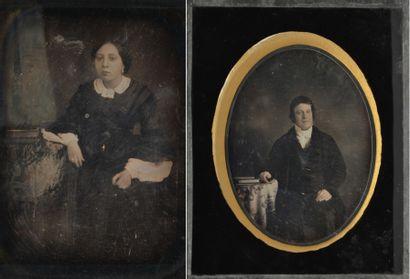 DAGUERRÉOTYPE. Portraits de femmes et d'hommes....