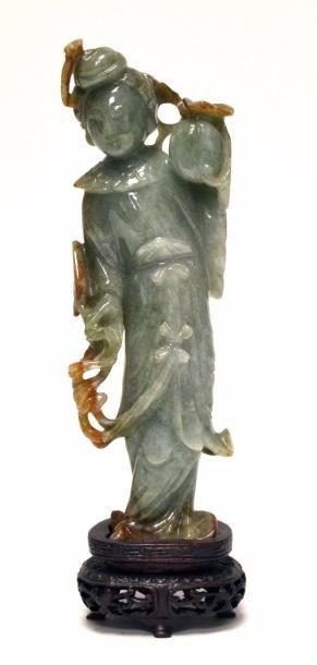 CHINE - XXe siècle Statuette de jeune femme...