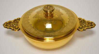 CHRISTOFLE ECUELLE en métal doré, de style...