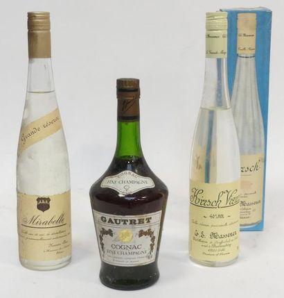 Lot de 3 blles d'alcool comprenant : 1 blle...