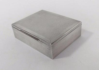 BOÎTE à CARTES en métal argenté à décor de...