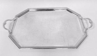 PLATEAU à ANSES en métal argenté rectangulaire,...