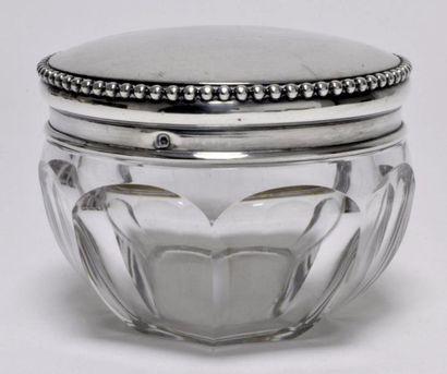BONBONNIERE en cristal, argent et vermeil,...