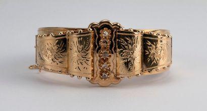 Bracelet manchette en or rose (18K) à décor...