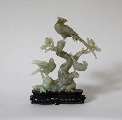 Chine XXe. Trois oiseaux branchés. Sujet...