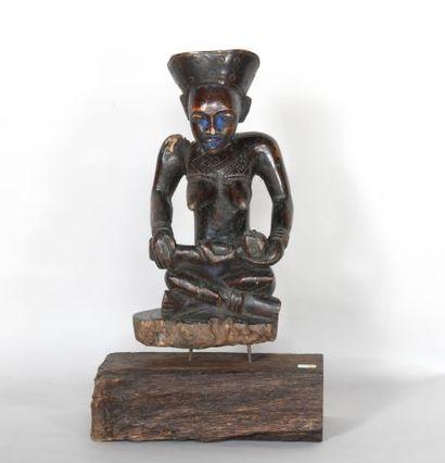 CONGO  Statue de dignitaire en bois sculpté...