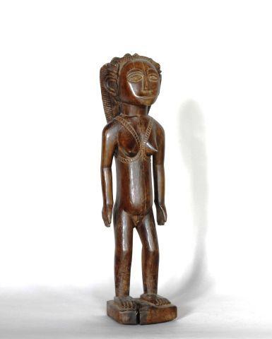 CONGO  Statue en bois à patine rougeâtre...