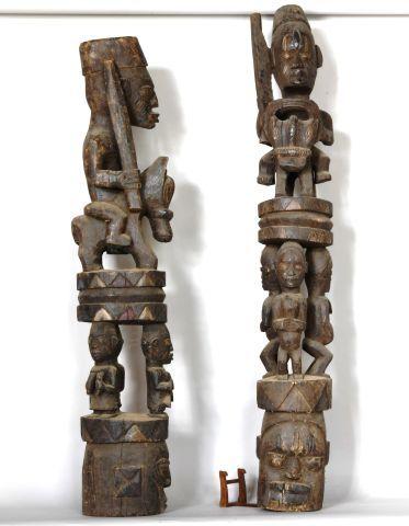 NIGERIA Paire de grandes statues en bois...