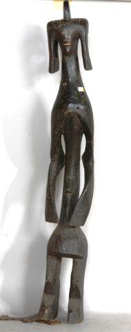 NIGERIA  Statue en bois sculpté patine noire...