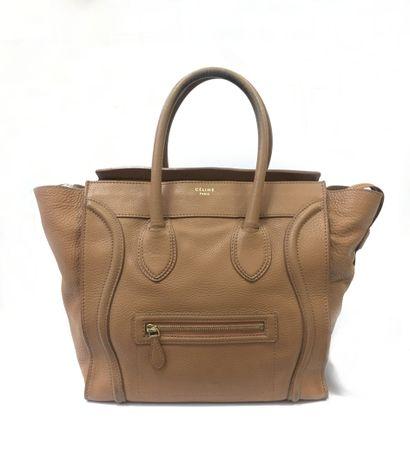CELINE. Sac Luggage en cuir grainé couleur...