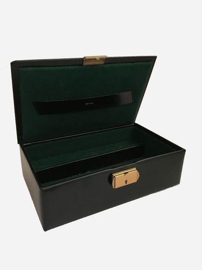 LANCEL. Boîte à bijoux en cuir lisse noir,...