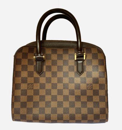 LOUIS VUITTON. Bag in checkerboard canvas...