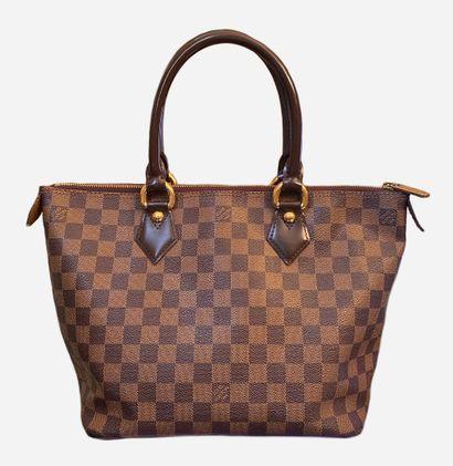 LOUIS VUITTON. Saleya PM bag in checkerboard...