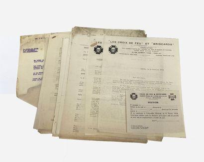 Lot de documents internes aux croix de feu...
