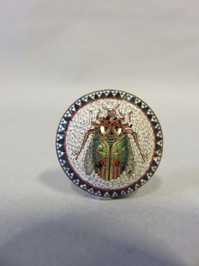 Round metal brooch with Italian micro mosaic...