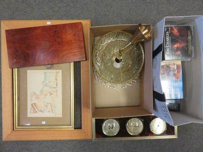 CD, DVD, pendulum suspension, frame, case,...