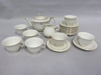 Service à thé en porcelaine allemande, décor...