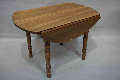 Table de salle à manger en bois naturel à...