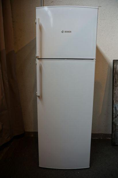 Réfrigérateur-congélateur Bosch. 170x60x65...