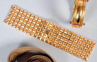 Bracelet montre en or, JAEGER LE COULTRE...