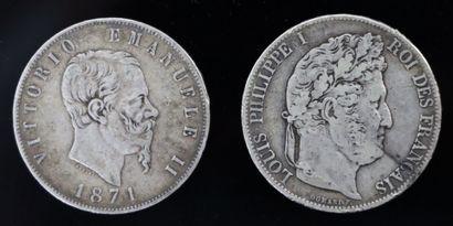 Deux pièces en argent, l'une de 5 francs...