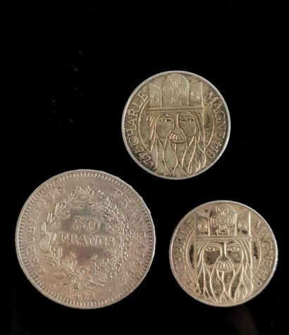 Lot de deux pièces de 100 francs argent souvenir...