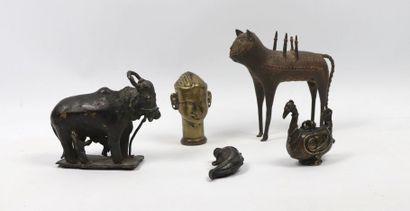 Ensemble de métaux indiens  Bronze et laiton...