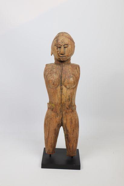 Sculpture anthropomorphe en bois  Bois sculpté,...