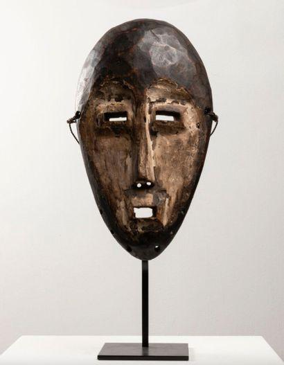 Masque LEGA  République démocratique du Congo....
