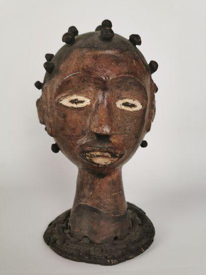 Tête EKOI, sud NIGERIA (Biafra).  Cimier...