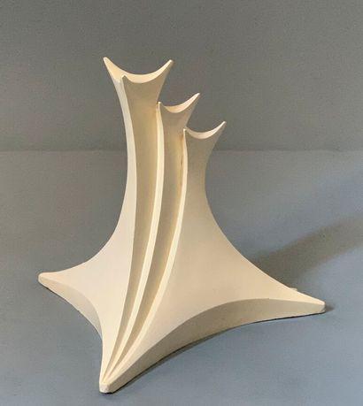 Travail français.  Maquette / sculpture....