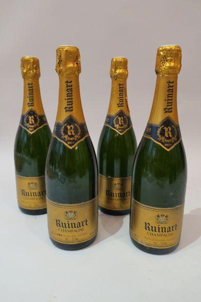 Quatre bouteilles de champagne Ruinart